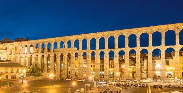 Aqueduct-Channel-Buildings-Architecture-Spain