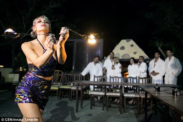 naked dining restaurant spain