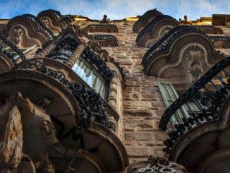 barcelona-Casa Calvet-large
